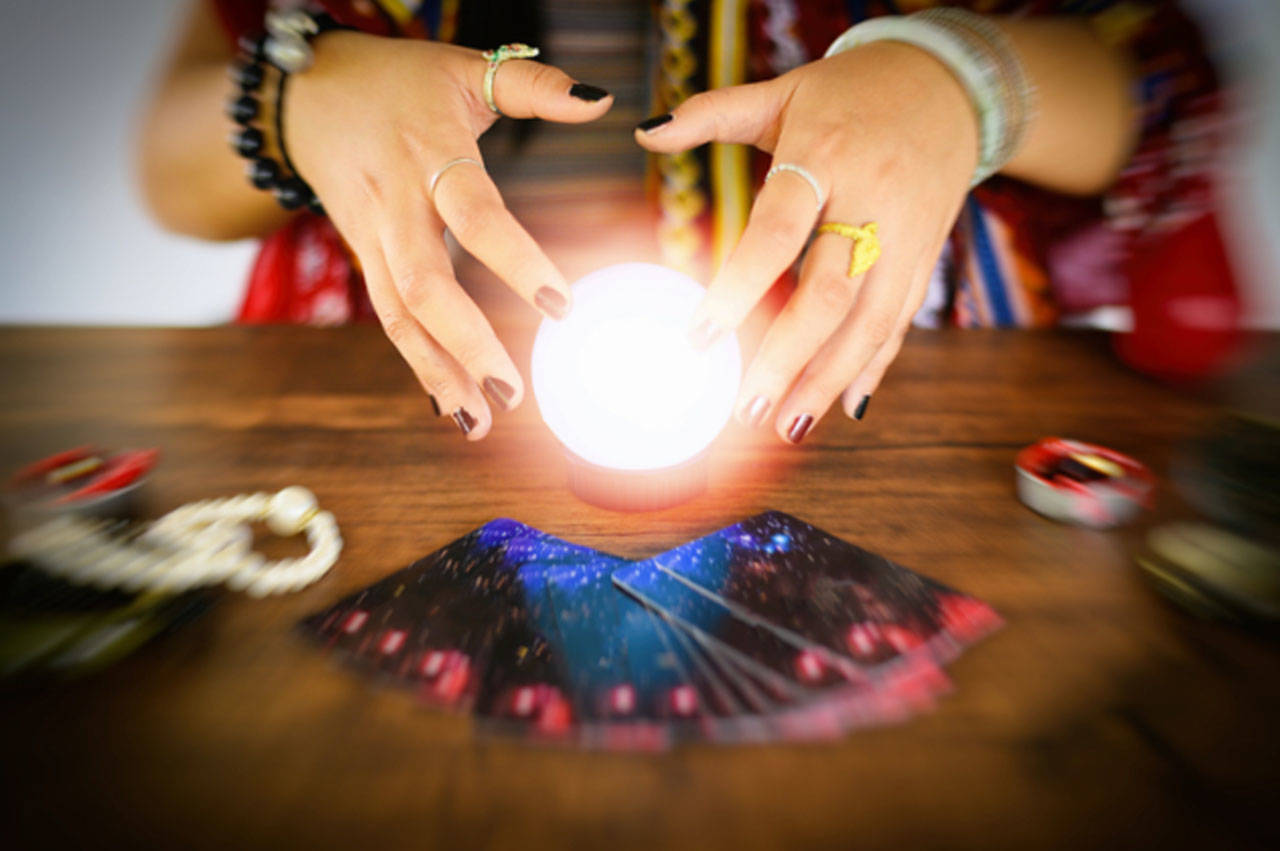 How to Entrust Yourself With a Psychic Medium